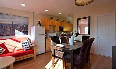 Living Room, 170 17th St, 1