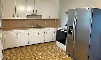 Kitchen, 914 Arkansas Ave, 1