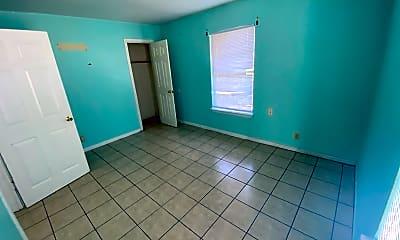 Living Room, 807 Sissom Rd, 0