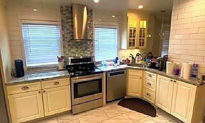 Kitchen, 34 Boston Ave, 1