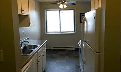 Kitchen, 1151 Prairie Pkwy, 1