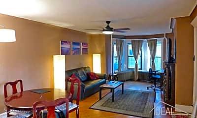 Living Room, 156 Woodruff Ave, 0