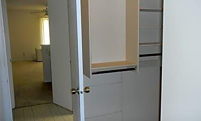 Bathroom, 6985 Gayle Lyn Ln, 2
