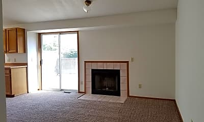Living Room, 2092 Willow Ct, 2