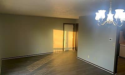 Living Room, 5009 W Keller Rd, 1
