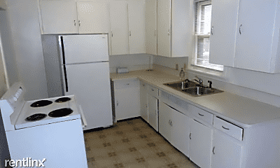 Kitchen, 455 W Breckenridge St, 1