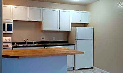 Kitchen, 1512 County Rd B E, 1