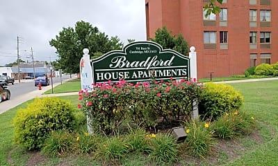 Bradford House Apartments, 1