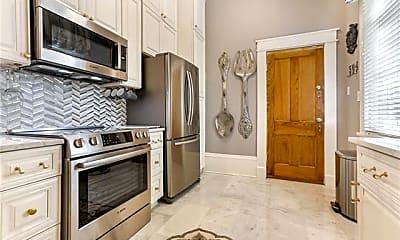 Kitchen, 1329 St Andrew St 2, 1