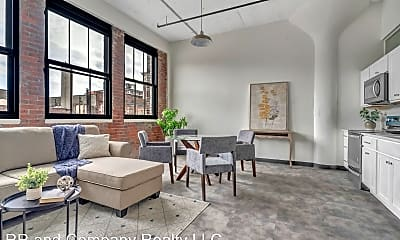 Living Room, 151 Chestnut St, 0