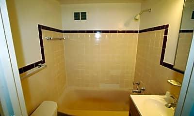 Bathroom, 1435 Pearl St, 2