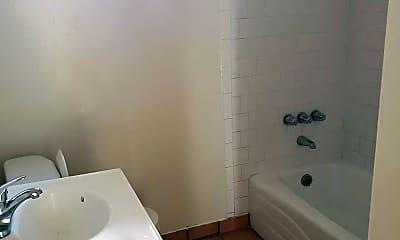 Bathroom, 3500 E 54th St, 2