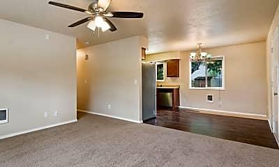 Living Room, 2801 SE 125th Ave, 0