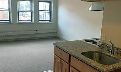 Kitchen, 1050 Hancock St, 0