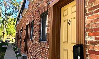Building, 15 E Lane Ave, 1