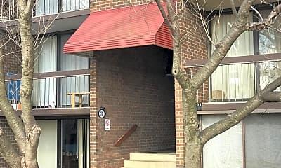 Building, 8701 Hayshed Ln 31, 1