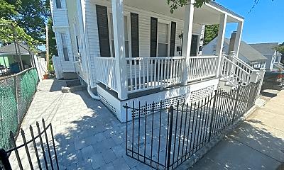Patio / Deck, 323 Bainbridge St, 1
