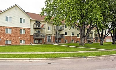 Windsor Heights Apartments, 1
