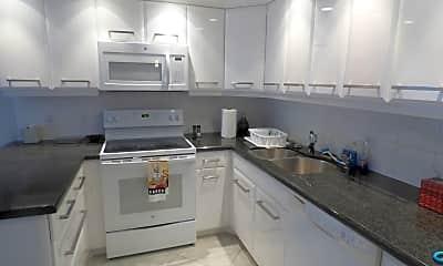 Kitchen, 5172 Fountains Dr S 5172, 1
