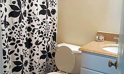 Bathroom, 618 9th St, 2