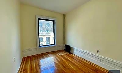 Living Room, 820 W 180th St, 2