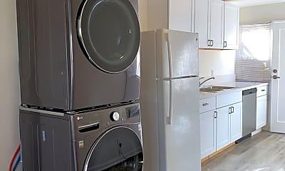Kitchen, 1502 Maple St, 1