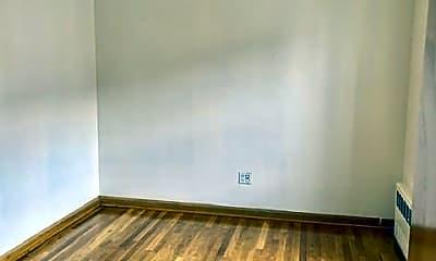 Living Room, 2086 E 23rd St, 2