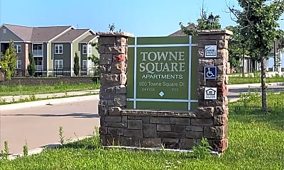 Town Square Apartments, 1