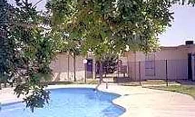 Pine Grove Villas, 1