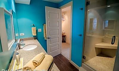 Bathroom, 1770 Avenida Del Mundo, 2