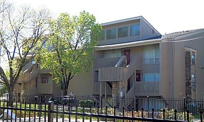 Building, Lodge West Apartments, 1