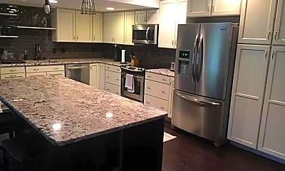 Kitchen, 1701 Woodcliff Way NE, 0
