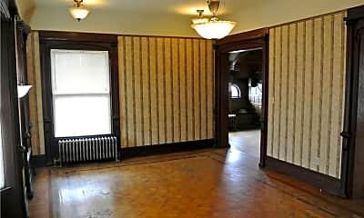 Living Room, 258 W Market St, 1