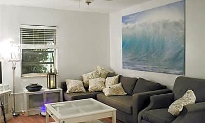 Living Room, 1610 West Ave, 0
