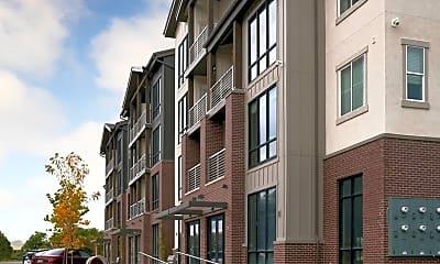 Building, Gardner Station Apartments, 2