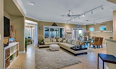 Living Room, 1701 Sebring Hills Dr, 1