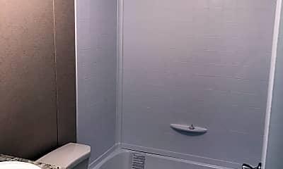 Bathroom, 39 Merritt Lane, 2