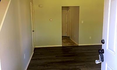 Bedroom, 5707 S Pearl St, 1