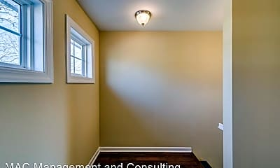 Bedroom, 162 Stout St, 2
