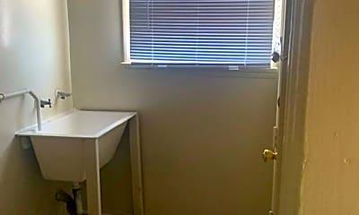 Bathroom, 10011 S Hobart Blvd, 2