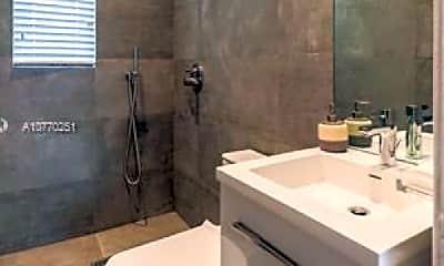 Bathroom, 1310 Flamingo Way, 2