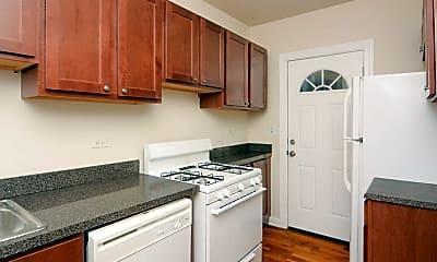 Kitchen, 139 E Oak St, 1