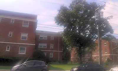 Maple Tree Apts, 0