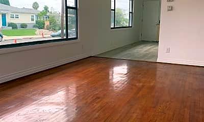 Living Room, 6162 Acorn St, 0