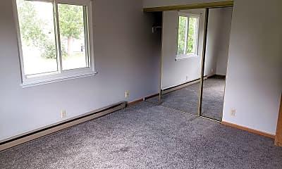 Living Room, 201 N Center Ave, 2