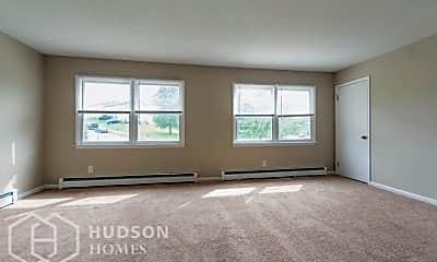 Bedroom, 15-16 Williamsburg Dr, 1