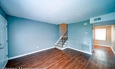 Living Room, 2201 Yorkhills Dr, 2