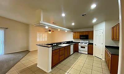 Kitchen, 3312 E Cane Dr, 1