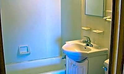 Bathroom, 1231 St Clair Ave, 2