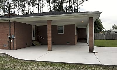 Building, 1303 SC-90, 1